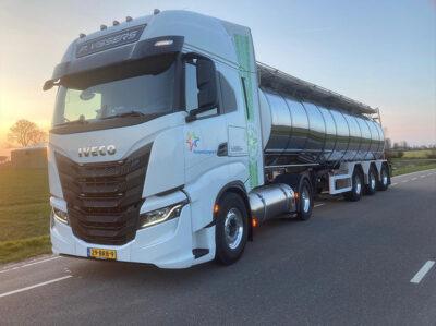 P Vissers Transport Vrachtwagen Iveco ochtend